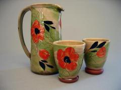 Pitcher and tumblers poppy